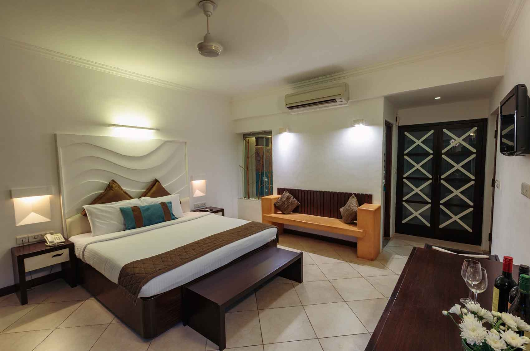 superior suite room goa | Affordable Hotel Room in Goa | Affordable Hotel Stay in Goa